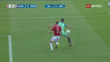 Video «Sehenswert: Ronaldo macht es mit der Hacke» abspielen