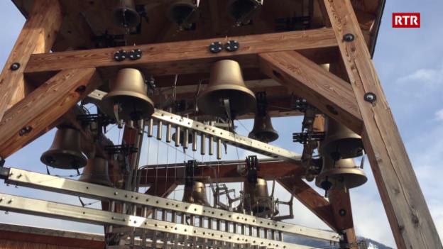 Laschar ir video «Uschia tuna il carillon»