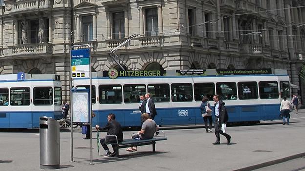 Station 3: Paradeplatz