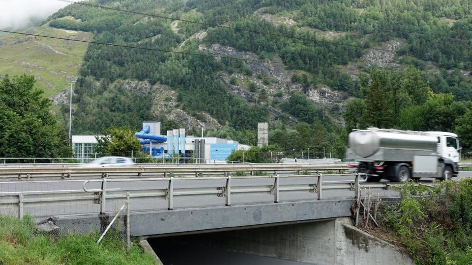 Viel Autobahnlärm bei den Sportanlagen am Stadtrand von Chur