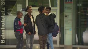 Video «Gestrandet im Paradies - Eritreische Asylbewerber» abspielen