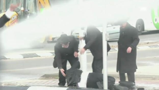 Video «Wüste Strassenschlachten in Aschdod (7.2.2014)» abspielen