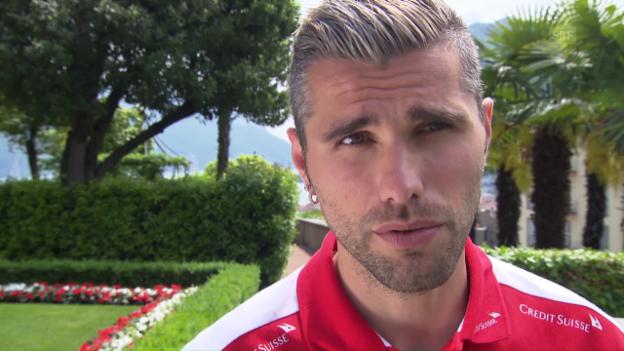 Video «Behrami: «Bin sehr froh für den FC Lugano, für das Tessin»» abspielen