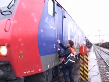 Video «Nachtschicht: Der Güterzugs-Lokomotiv-Führer» abspielen