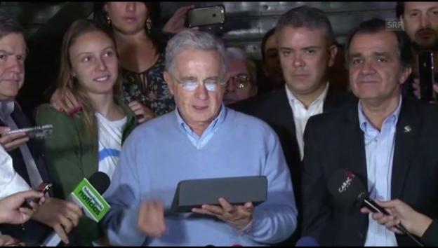 Video «Álvaro Uribe: «Alle wollen Frieden»» abspielen