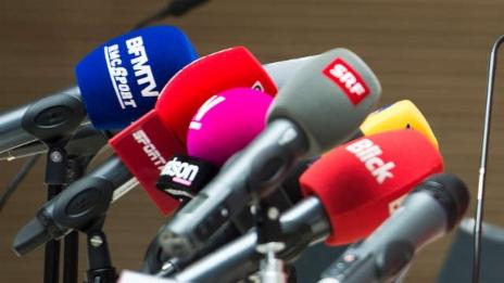 Link öffnet eine Lightbox. Video SRG und Private – wer profitiert vom neuen Mediengesetz? abspielen.