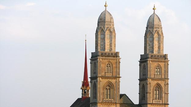 Glockengeläut des Grossmünsters in Zürich