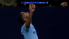 Link öffnet eine Lightbox. Video City dreht Spiel gegen Schalke abspielen