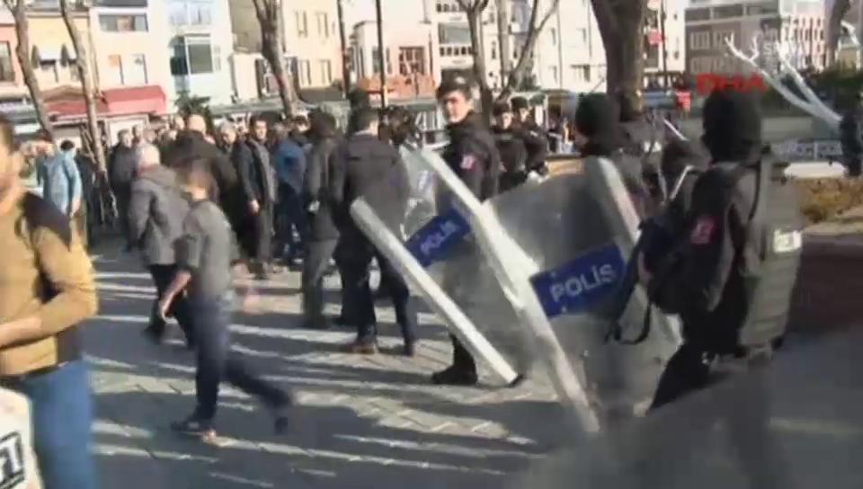 Massives Polizeiaufgebot am Ort der Explosion