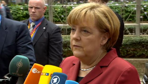 Video «Kanzlerin Merkel über US-Lauschangriffe» abspielen