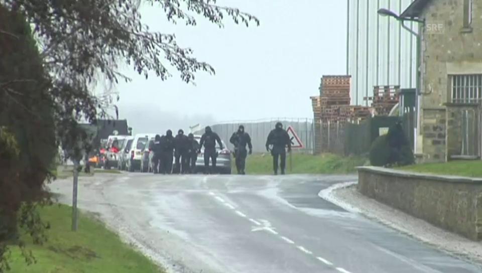 In Villers-Cotterets marschiert die Polizei auf