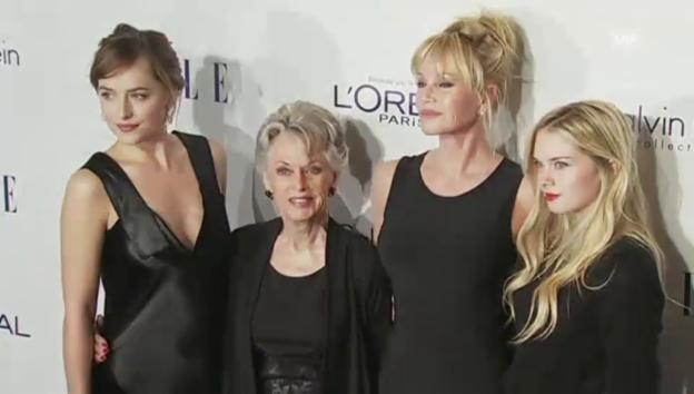 Video «4 Frauen, 3 Generationen: Melanie Griffith mit Mutter und Töchter» abspielen