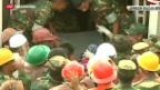 Video «Nach 17 Tagen lebend gerettet» abspielen