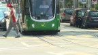 Video «Massive Gleisschäden an Basler Tramschienen» abspielen
