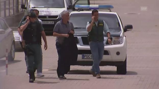 Video «Villar Llona wird von der Guardia Civil eskortiert (unkomm.)» abspielen