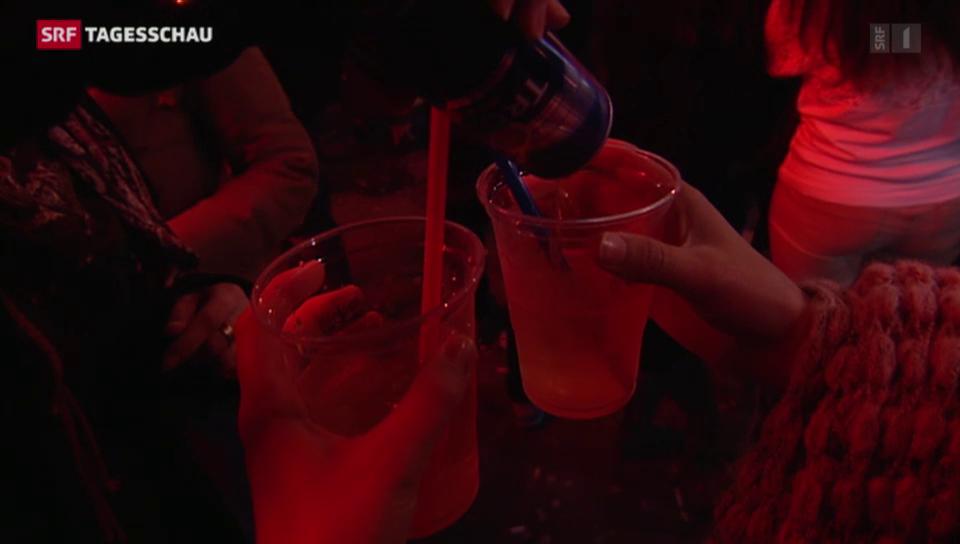 Am Abend kommen Jugendliche einfacher am Alkohol