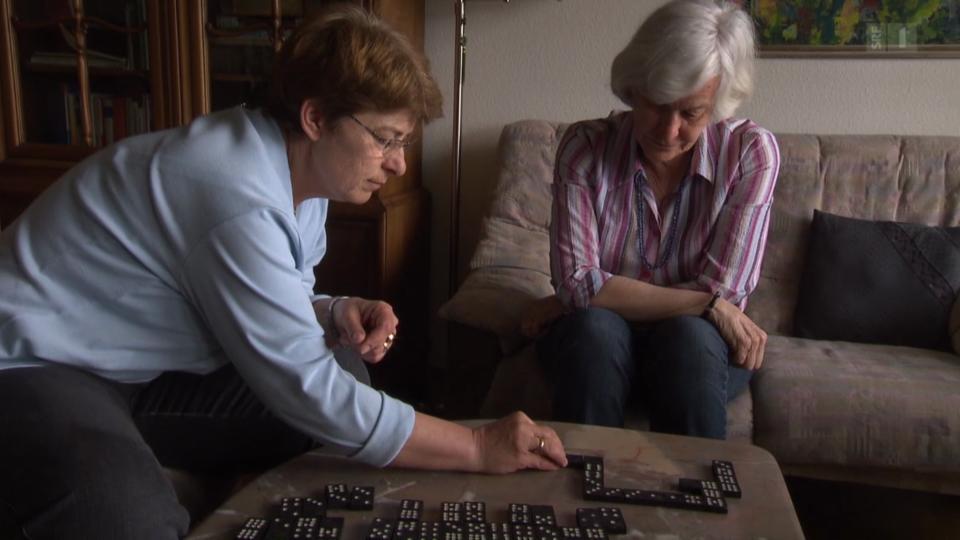 «Alzheimer hautnah» (5) - Ohne fremde Hilfe geht es nicht mehr daheim