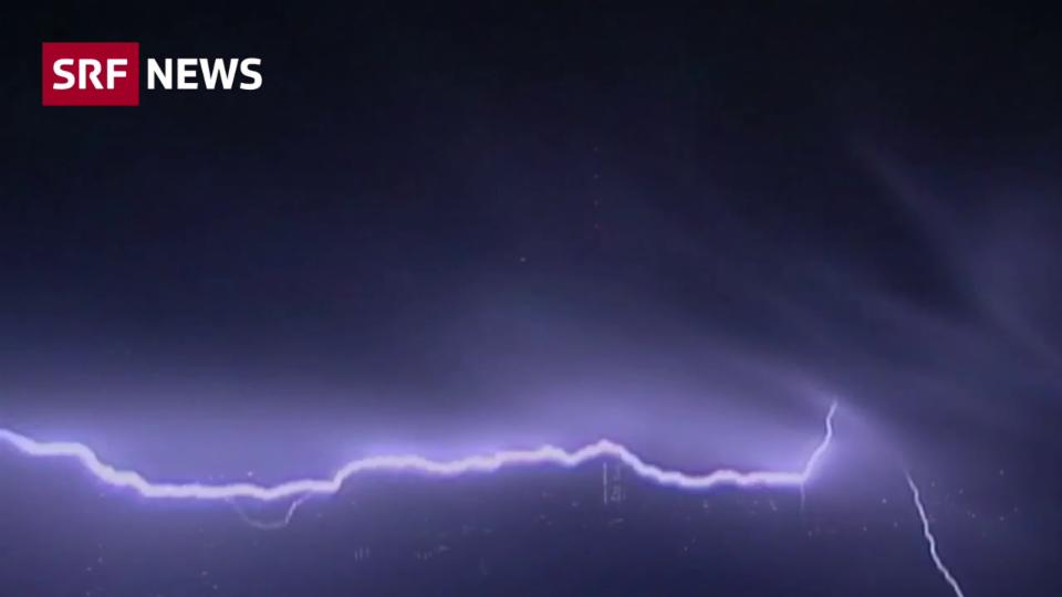 Aus dem Archiv: Wie Forscher Blitzeinschläge voraussagen wollen