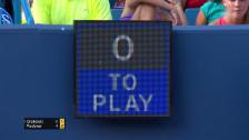 Link öffnet eine Lightbox. Video Djokovic nimmt sich zu viel Zeit abspielen