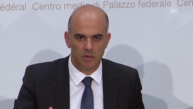 Video «Berset zur Zusatzfinanzierung über die MWST» abspielen