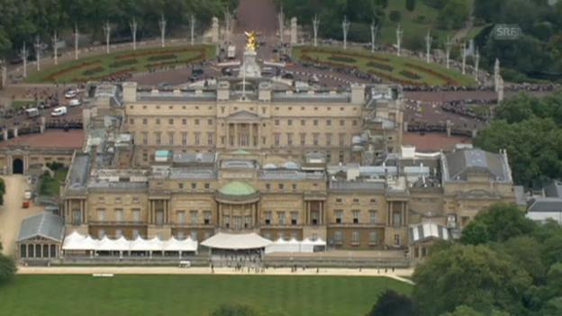 Video «In den Buckingham Palast wurde eingebrochen (unkommentiert)» abspielen