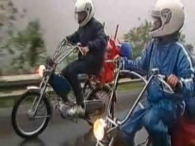 Freiheit auf zwei Rädern - der Töfflikult in der Schweiz