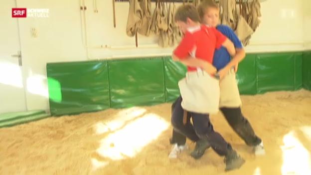 Video «Traditionelle Schwünge: Hüfter» abspielen