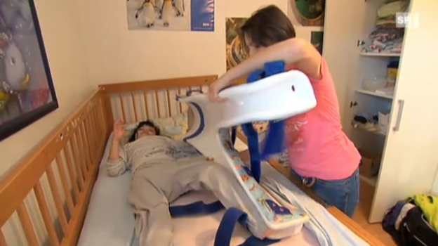 Video «Kinderspitex - Professionelle Pflege zu Hause statt im Spital» abspielen