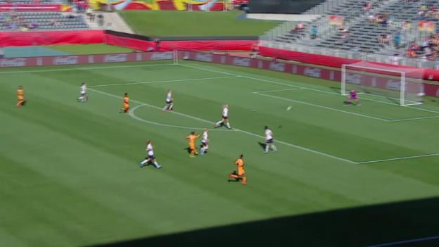 Video «Fussball: Frauen-WM, Elfenbeinküste - Norwegen, das Traumtor von Ange Nguessan» abspielen