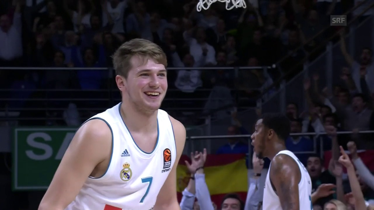 «From Downtown»: Doncic trifft übers ganze Feld