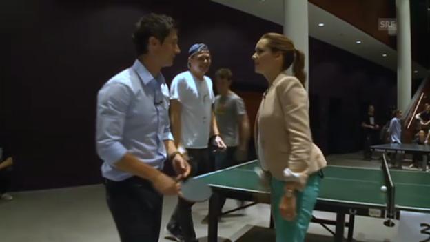 Video «Sara Hildebrand und Tobias Müller beim Ping-Pong-Spielen» abspielen