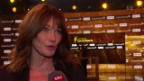 Video «Carla Bruni performt Abba-Song» abspielen
