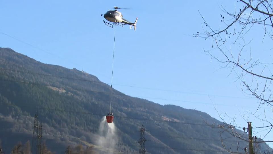 Aus dem Archiv:  Brandbekämpfung aus der Luft