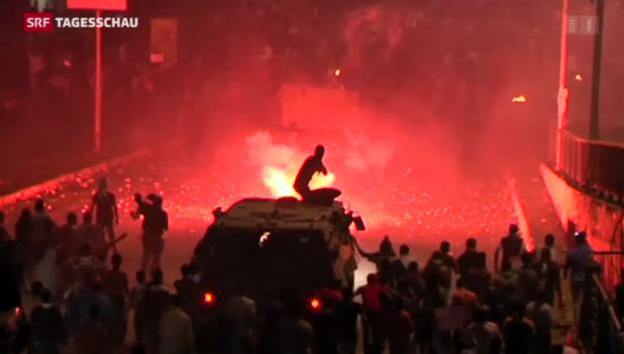 Video «Blutige Zusammenstösse in Kairo» abspielen