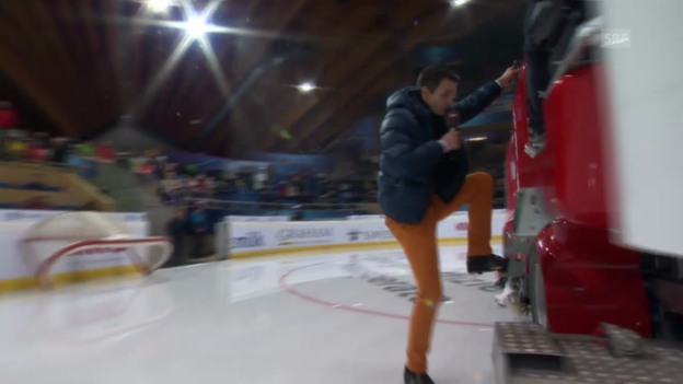 Video «Eishockey: Spengler Cup, Paddy Kälin - Eismaschine» abspielen