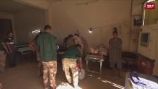 Link öffnet eine Lightbox. Video Hochbetrieb im Feldlazarett in Mossul abspielen