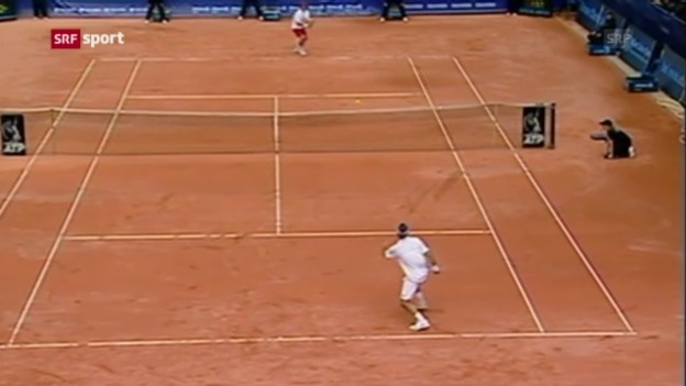 Video «Federer nach 9 Jahren wieder in Gstaad» abspielen