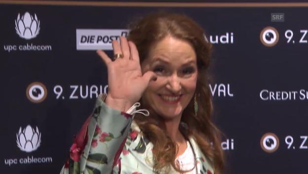 Video «Hollywood-Glamour auf dem «grünen» Teppich» abspielen