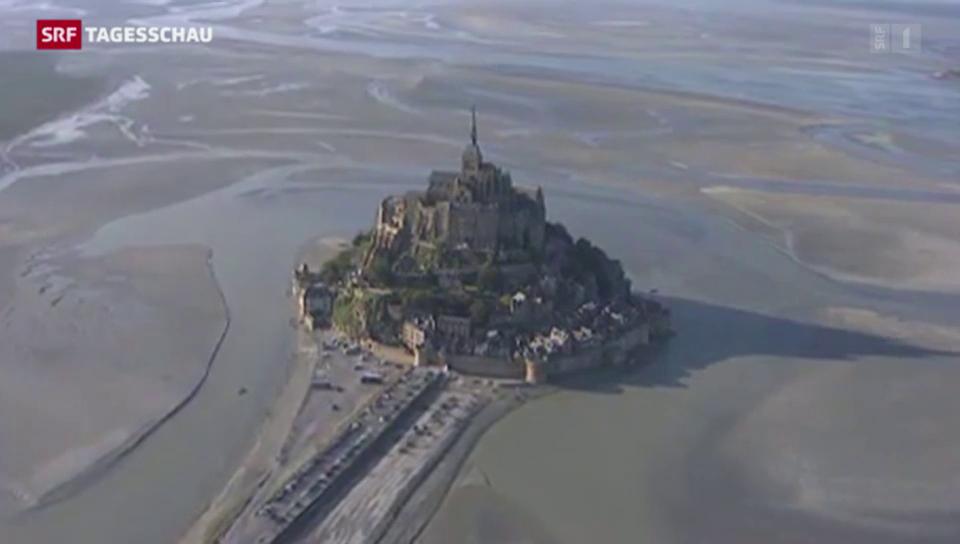 Jahrhundert-Tide am Mont-Saint-Michel