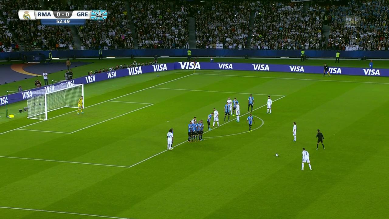 Cristiano Ronaldo trifft per Freistoss