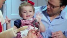 Video «Prinzessin Estelle am «guetzle» (unkommentiertes Video)» abspielen