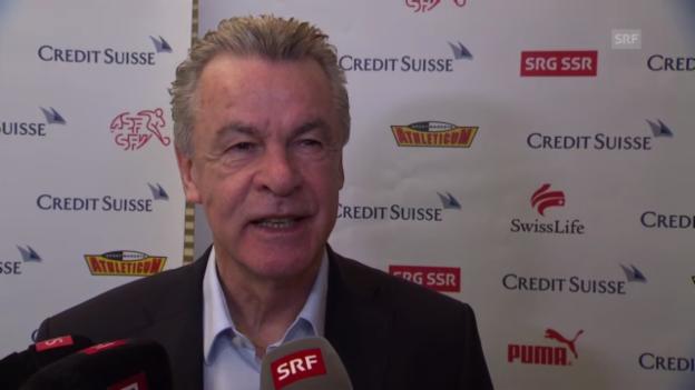 Video «Hitzfeld äusserst sich zu Spiel Schweiz-Zypern» abspielen