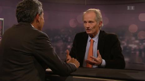Link öffnet eine Lightbox. Video Roger Schawinski im Gespräch mit Lukas Hässig abspielen.