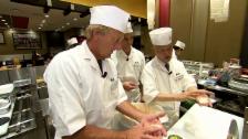 Link öffnet eine Lightbox. Video Der «Jobtausch» in Japan und der Schweiz: Die Köche abspielen