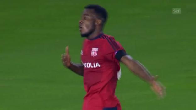 Video «Fussball: CL, Valencia-Lyon, Tor Cornet» abspielen