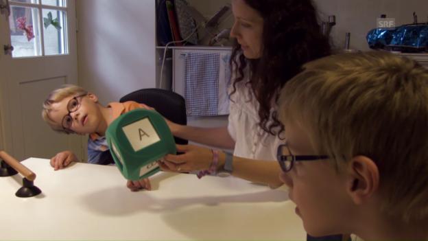 Video «Julian und Marius freuen sich auf die Schule» abspielen