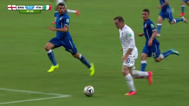 Video «FIFA WM 2014: Rooneys Vorlage gegen Italien» abspielen