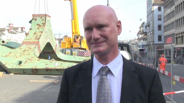 Video «Roland Scheck: «Es kommt schlimmer, als wir gedacht haben»» abspielen