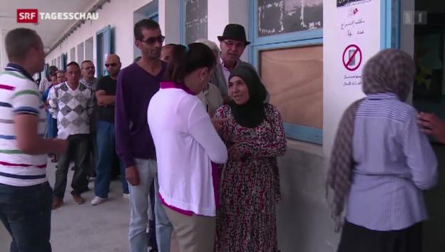 Video «Ruhiger Urnengang in Tunesien» abspielen