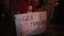 Video «Die zwölf syrischen Flüchtlinge sind in Rom angekommen» abspielen